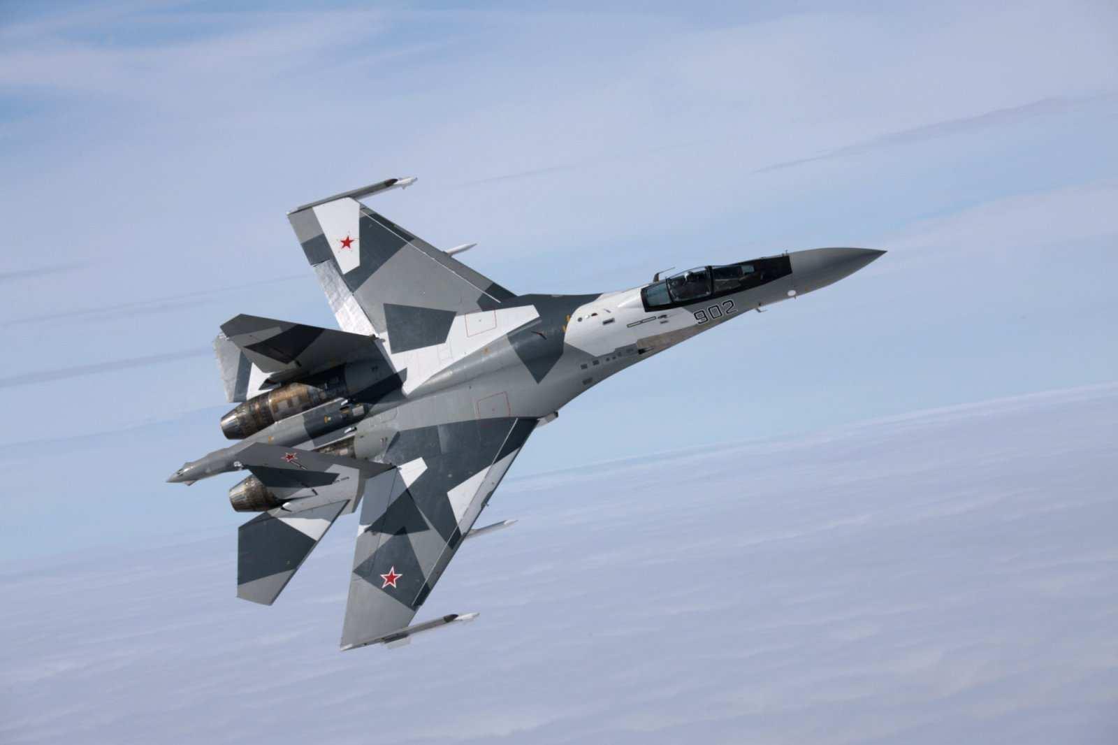 Российский Су-35 показал фигуры высшего пилотажа в небе над Стамбулом (ВИДЕО) | Русская весна