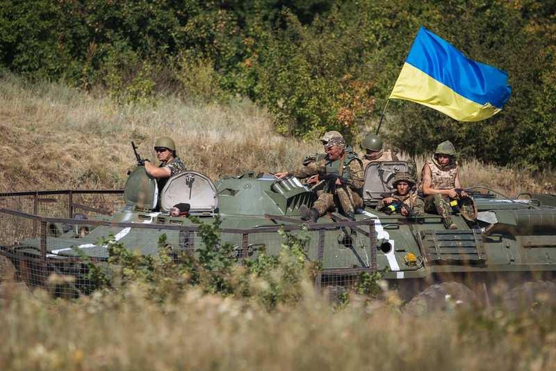 ВСУ перестали стрелять по ЛНР, но понесли потери в живой силе и технике | Русская весна