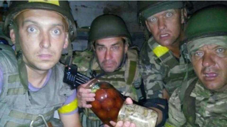 Пьяные десантники ВСУ перестреляли друг друга на Донбассе: сводка с фронта | Русская весна