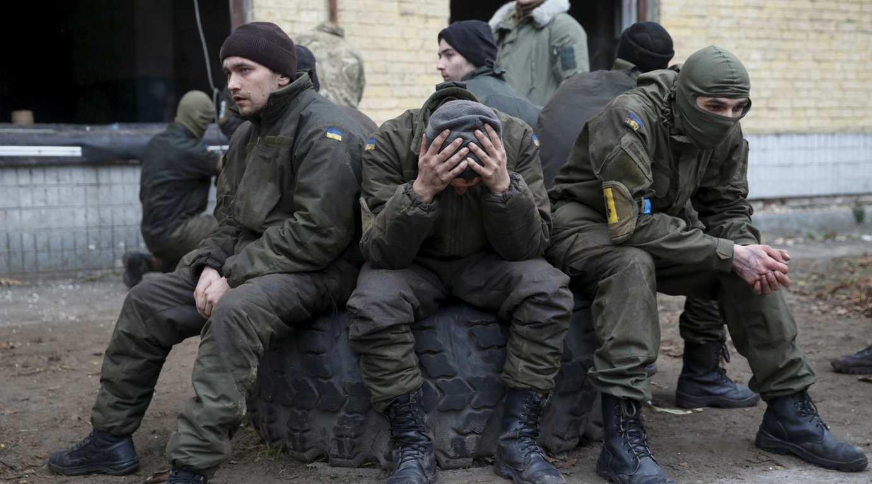 «ВСУшники» в отчаянии звонят на горячую линию Минобороны: сводка с Донбасса | Русская весна