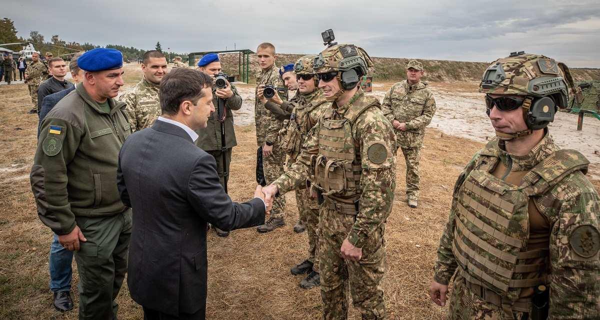 Тупик: Зеленскому придётся решать проблему с агрессивными нацистами | Русская весна