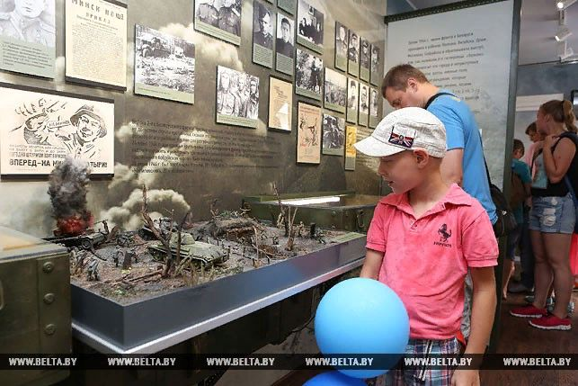 Экспозиция музея истории ВОВ в Минске