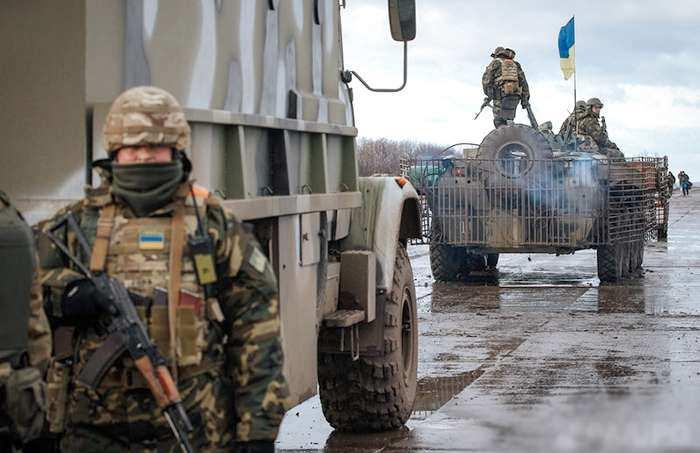 Командующий «ООС» прибыл на Донбасс из-за роста потерь, ВСУ стреляют в своих и прячут бронетехнику у места отвода войск (ВИДЕО) | Русская весна