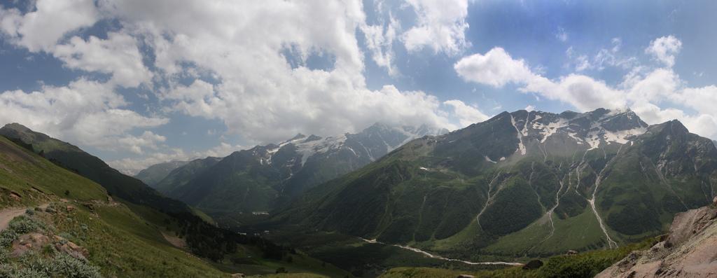 Долина Эльбруса
