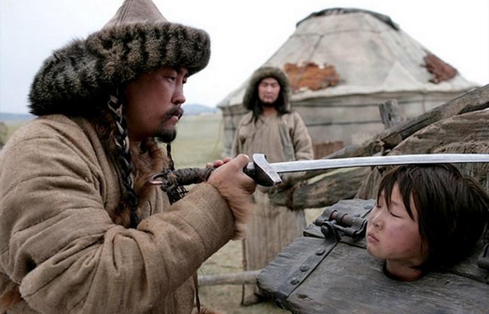 Детство в изгнании./ фото: afisha.ru