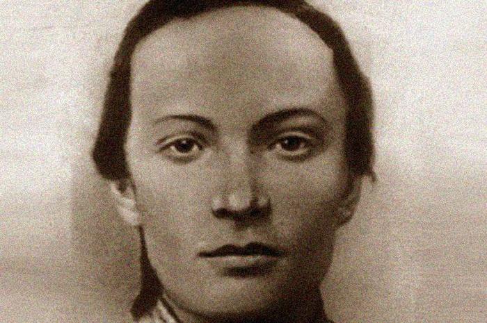 Розалия Землячка - российская революционерка, приговорившая к смертной казни десятки тысяч крымчан