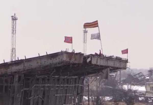 Укаринские СМИ до сих пор с помощью виртуальных киборгов удерживают аэропорт Донецка (видео) | Русская весна